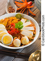 instant curry laksa noodle , singaporean style