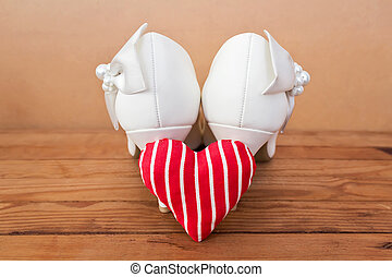 Bridal shoes with heart, wedding detail