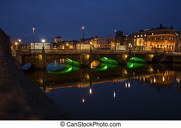 Hapenny bridge Dublin - Hapenny bridge over Liffey river in...
