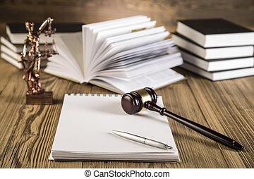 dama, Justicia, martillo, Libros, oro, escala