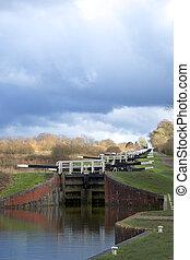 Caen Hill lock stairs Wiltshire England - Caen Hill 16 lock...