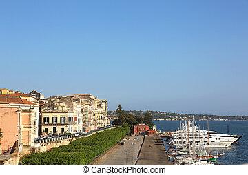 Foro Vittorio Emanuele II Ortygia - the waterfront Foro...