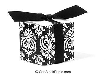 Fleur-de-lis Designed Gift Box - Fleur-de-lis designed gift...