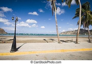 bay of san juan del sur nicaragua - malecon boardwalk beach...