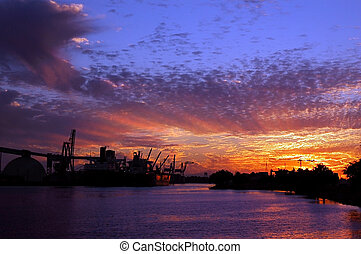 Port of Stockton at Sunset - Port of Stockton and turning...