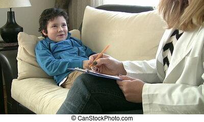 psychologist and little patient