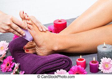 mulher, tendo, pedicure, tratamento, spa