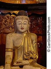Buddhist temple - Gangaramaya Temple in Colombo, Sri Lanka