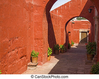 Alleys with arches
