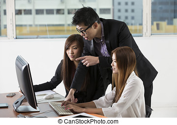 Asian busines team - Chinese busines team working together...