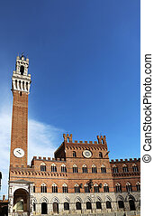 Torre del Mangia Siena Italy - Torre del Mangia at the...