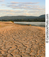 Drought land - Greenhouse effect and global warming of...