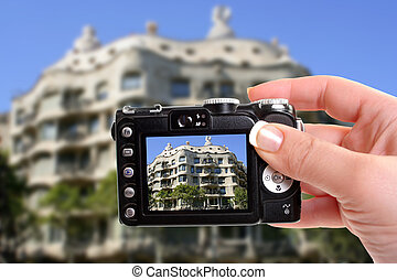 Barcelona architecture - Taking a photograph of Gaudis Casa...