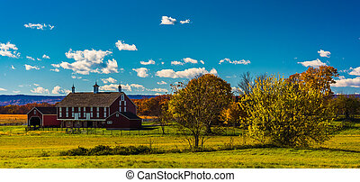 Red barn at Gettysburg, Pennsylvania. - Red barn at...