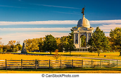 The Pennsylvania Monument, in Gettysburg, Pennsylvania. -...