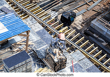 Constructor working in dangerous conditions, construction...