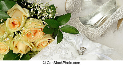 Bridal accessories - Wedding rings and bridal accessories