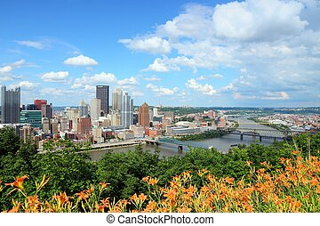 Pittsburgh, Pennsylvania - city in the United States Skyline...