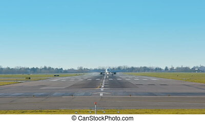 airplanes landing fast - airplanes landing and taking off...