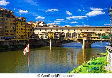 Ponte Vecchio - Anciant bridge Ponte Vecchio in Florence....