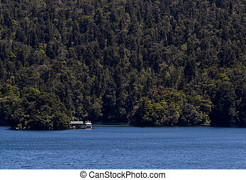 Cabin in Doubtful Sound in New Zealand - Small cabin and...
