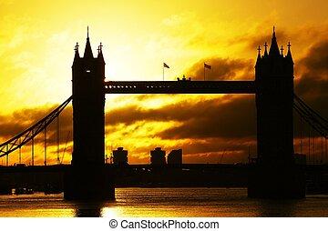 Tower Bridge at sunrise - Silhouette Tower Bridge at...