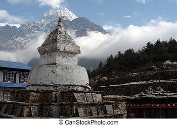 Stupa - Himalayan Stupa