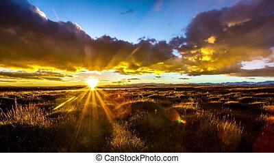 sunrise timelapse at grasslands.