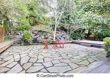 Landscaping design idea for back yard - Beautiful concrete...