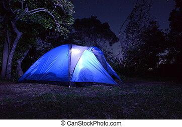 -,  Camping, Zelt