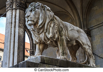 Munich, Bavarian Lion Statue in front of Feldherrnhalle,...