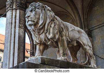 Munich, Bavarian Lion Statue in front of Feldherrnhalle,...
