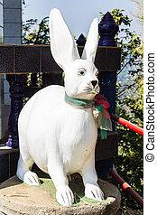 Rabbit staute in Thai temple