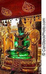 Buddha statue - Emerald Buddha statue-Wat Phrathat Doi...