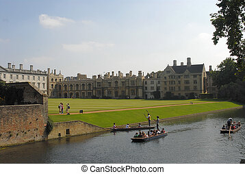 Cambridge University - river punta