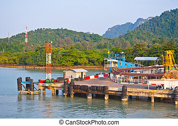 pier at Surat Thani to koh samui - pier at Surat Thani to...