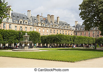 place des vosges - beautiful place des vosges view in paris