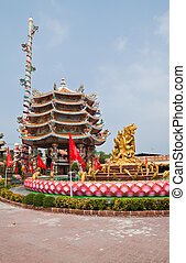 The beautyful Chinese shrine and the blue sky, Chonburi- East of Thailand