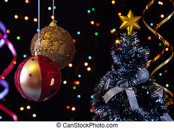 two Christmas tree ball,the serpentine,a decorated Christmas...