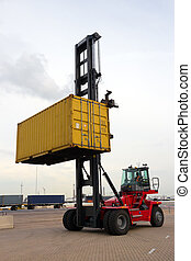 Mobile container spreader - Mobile container handler in...