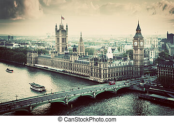 London, the UK Big Ben, the Palace of Westminster Vintage -...