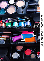Makeup artist holy grail - Makeup case containing with jars...