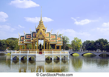 Bang Pa-In - The Aisawan Thiphya-Art (Divine Seat of...