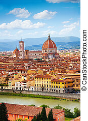 Florence panorama, Italy - Panorama of the river and famous...