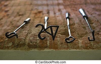 Branding irons - Several branding irons for cattle, Badajoz,...