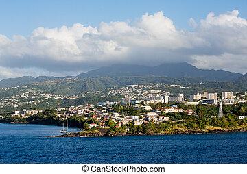 山, 在下面,  Martinique, 有霧, 胜地