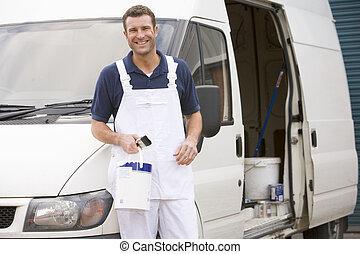 pintor, posición, furgoneta, sonriente