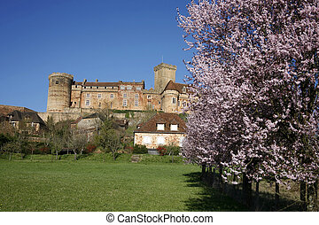 Castle of Bretenoux - Castle and old village of Bretenoux in...