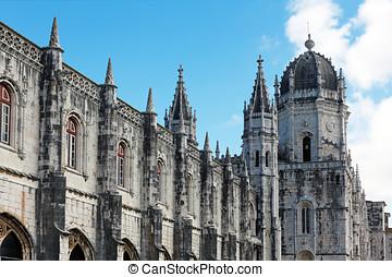 """Jeronimos Monastery - Manueline style """"Mosteiro dos..."""