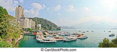 sol, lua, lago, -, OCT, 25:, muitos, Barcos, estacionamento,...
